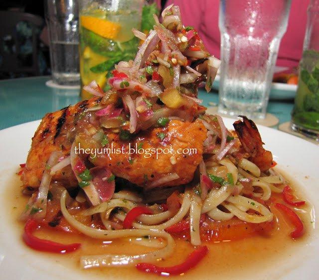 Sigi's Bar and Grill, Shangr La, Penang, Golden Sands, Batu Ferinngi, restaurant