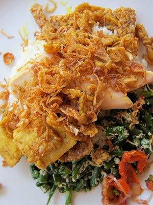 Ubud, authentic Balinese food, cheap, tasty,
