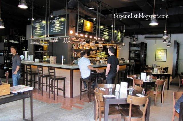 Delucca Italian Restaurant, Changkat Bukit Bintang, Best pizza in KL, wood fired oven