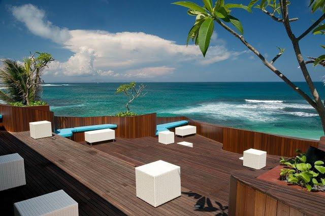 best beach bars bali