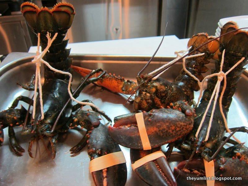 Chef Gunther Hubrechsen, French cuisine, Gunther's Restaurant, Singapore, award winning restaurant, award winning chef, lobster, fine dining
