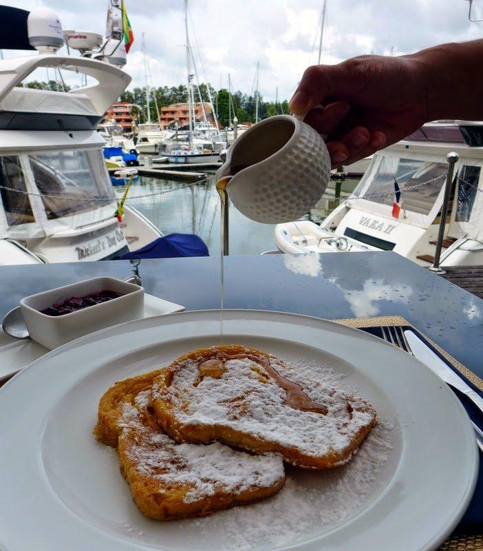 Les Diables, Breakfast, Boat Lagoon, Phuket,