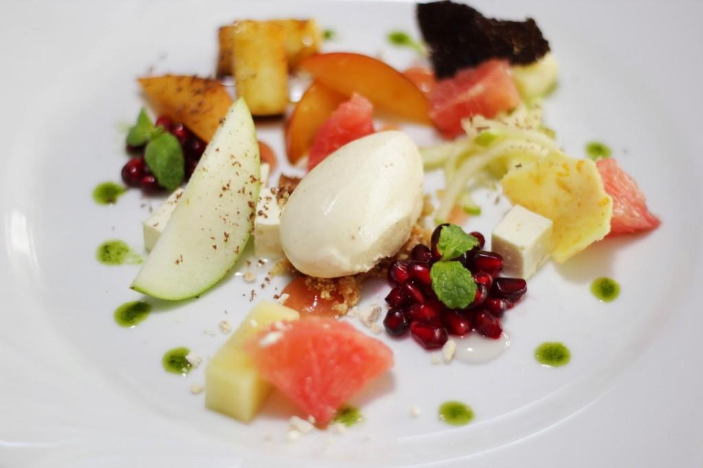 Argentinian fruit dessert
