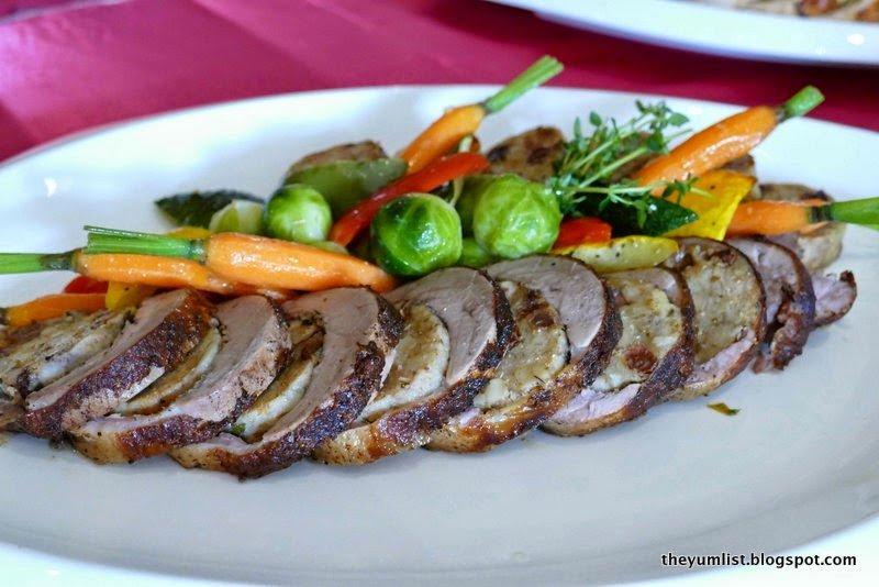 Fuzion Restaurant, Sunway Resort Hotel and Spa, Petaling Jaya, Christmas Buffet, Countdown to Christmas, pork-free, international and local cuisine, water park