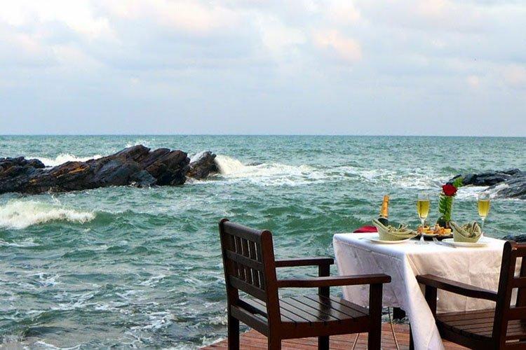 Romance in Malaysia, Tanjong Jara Resort