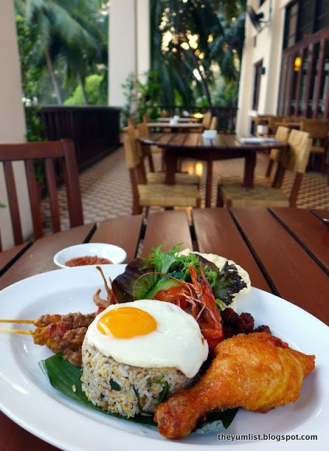 Crow's Nest Restaurant, Avilion Port Dickson