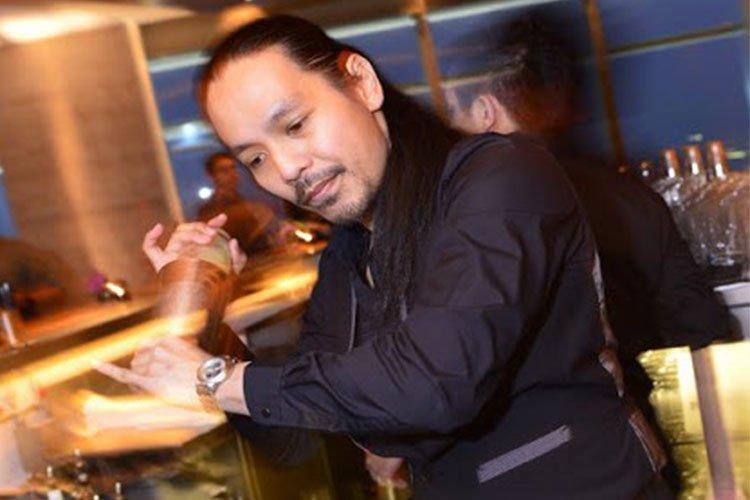 Head Bartender Arsenio Mariano Jr.
