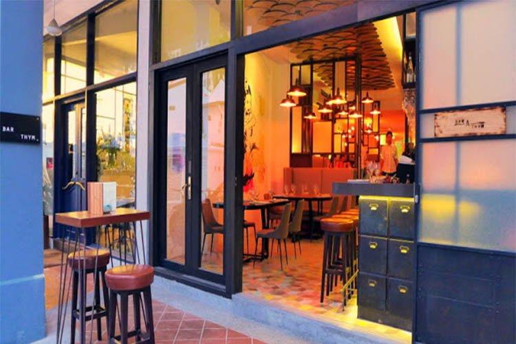 Bar-A-Thym, Singapore
