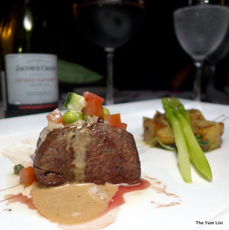 La Luna, premium wine paired dinner, dining on the beach