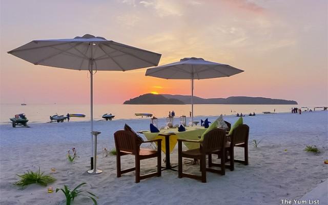 Thirstday, Bar and Restaurant, Pantai Cenang, Langkawi