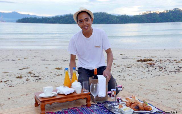 Sunrise Beach Picnic, Gaya Island Resort, Sabah, Borneo