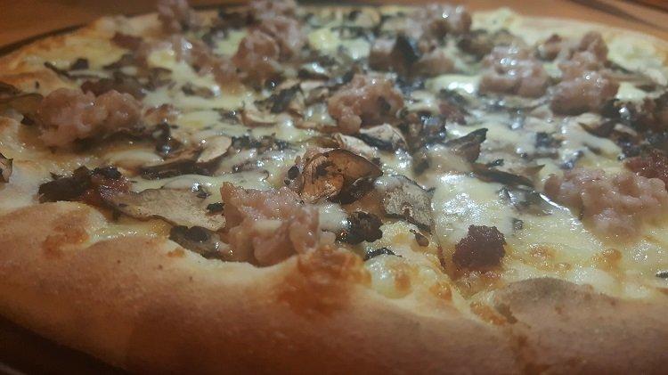 Pizza Boscaiola with 'nduja salami at Agostini's