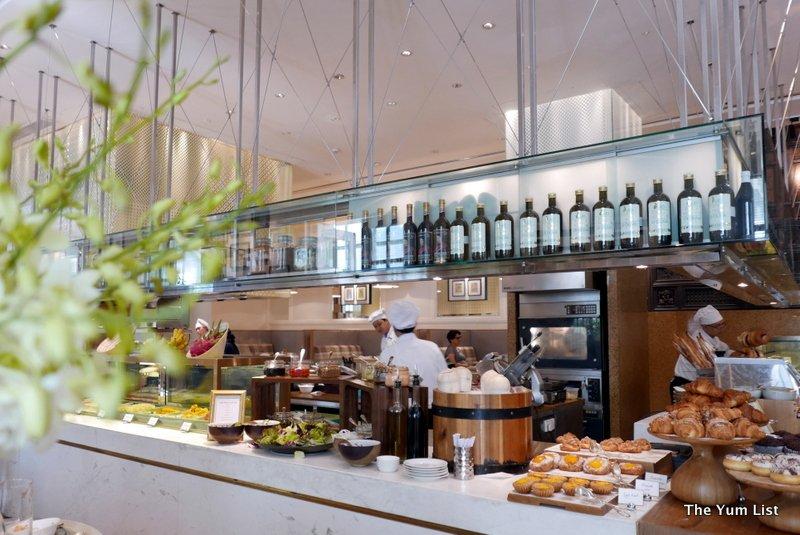 Breakfast Buffet Park Hyatt Saigon, Opera