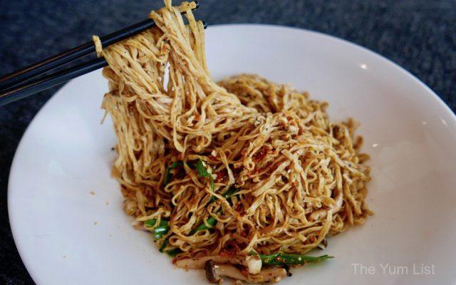 Braised HK Yee Mee with Black Truffle & Mushroom