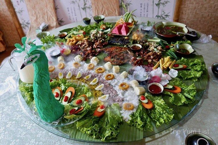 unique dining experience Dali